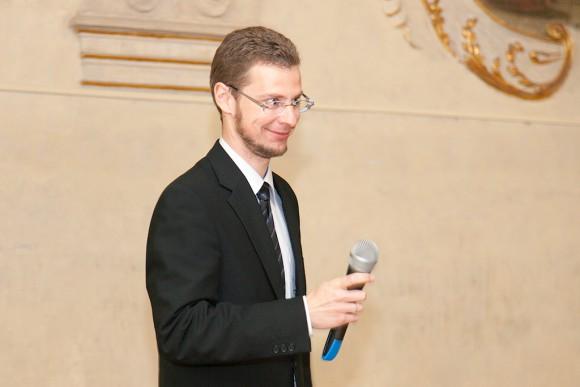 Вручение сертификатов 2015 - UJOP Гостиварж Карлова университета